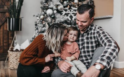It's the most wonderful time of the year – a look at our favorite holiday photo sessions It's about that time, y'all.